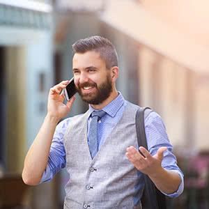 Ausfallversicherung - Glücklicher Geschäftsmann