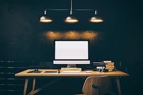 Inventarversicherung - Hochwertiger Arbeitsplatz
