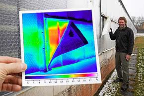 Berufshaftpflichtversicherung Energieberater – Wärmebild an Hauswand