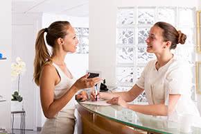 Berufshaftpflichtversicherung Gynäkologe – Termin beim Frauenarzt