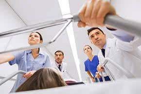 Berufshaftpflichtversicherung Pflegeberufe – Arbeit im Krankenhaus
