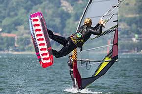 Betriebshaftpflichtversicherung Wassersport – Kitesurfing