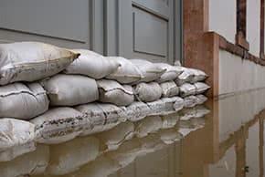 Wohngebäudeversicherung - Hochwasser gefährdet Haus